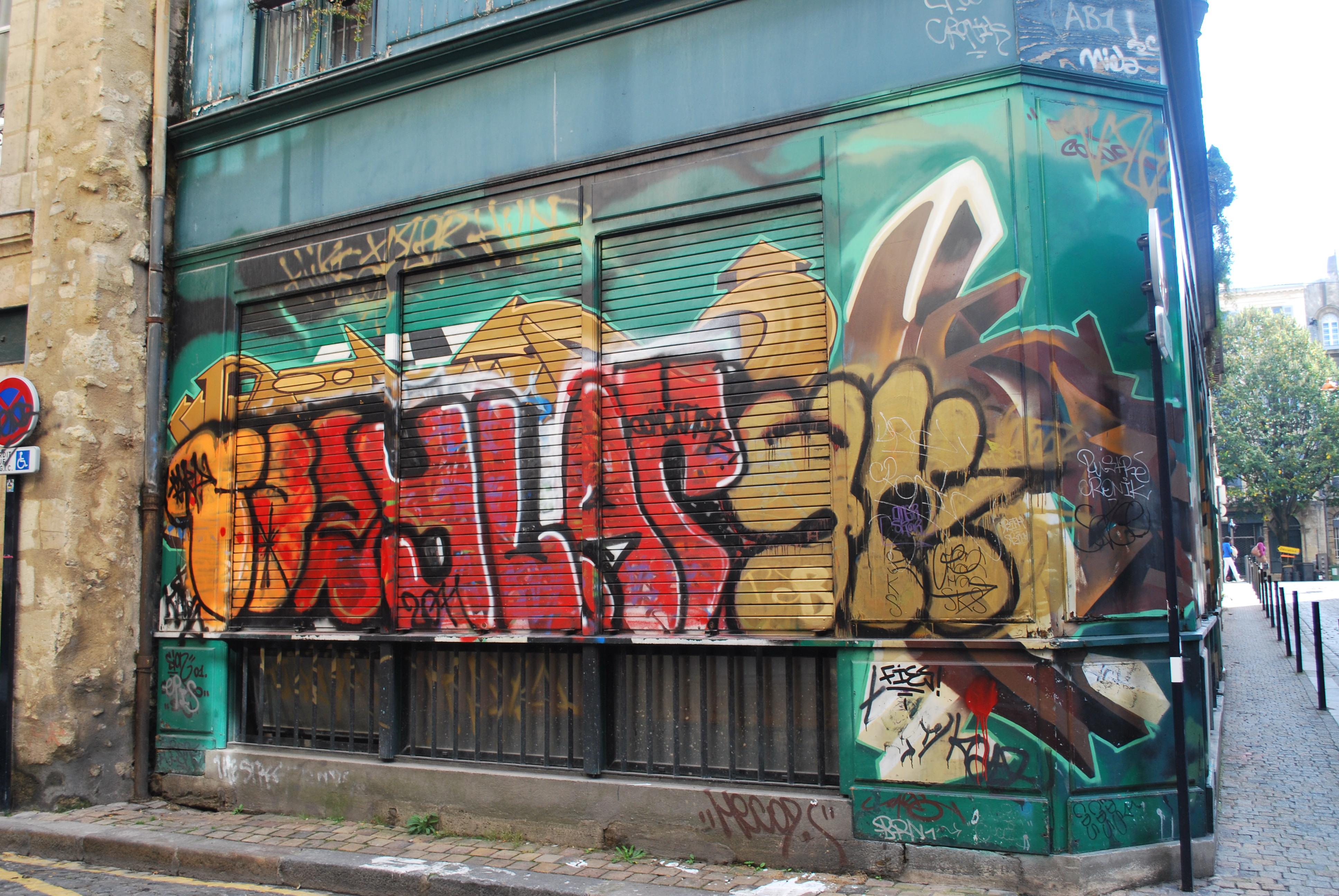 ylar et compagnie faire le murfaire le mur street art bordeaux et ailleurs. Black Bedroom Furniture Sets. Home Design Ideas
